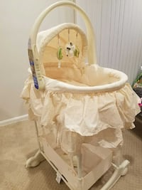 First Years Baby Bassinet. Springfield, 22150