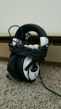 Xbox 360 turtle beach headset  Fargo