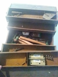 Metal toolbox with hammers Olathe, 66062