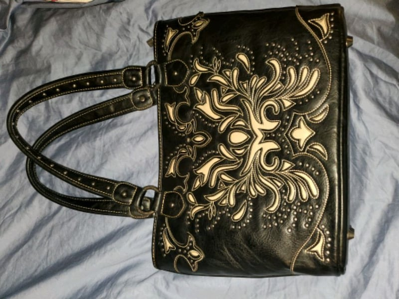 Concealed Carry purse and wallet set fd2bc982-2683-40bf-b897-7fcf5100864f