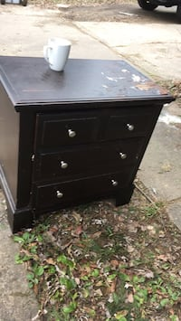 black wooden 3-drawer chest Fairfax, 22030
