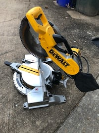 "Dewalt 12"" double bevel compound miter saw dw716 Norfolk, 23502"