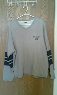 Men's Tommy Hilfiger sweaters all XL