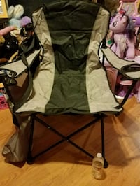brown and green camping chair Milwaukee, 53204