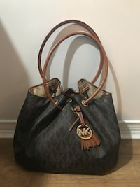 Michael Kors purse Whitby, L1R