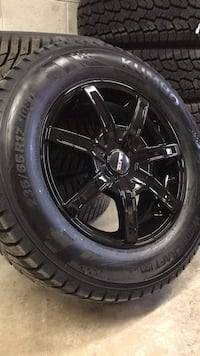 NEW Winter Tires On Wheels - Kumho Wintercraft 5x114.3 17x7.5 Milton, L9T