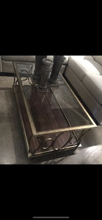 Coffee table + 1 side table