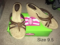 NIB Size 9.5 Women's Wedges  Fairfield, 17320