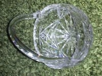 round clear cut glass bowl Kelowna, V1W 1M7