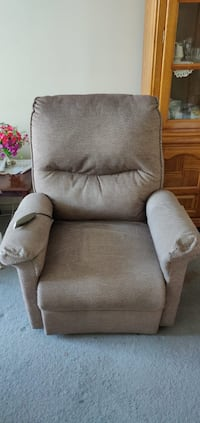 Remote controlled recliner 9/10 condition.. this recliner has remote control not only to recline back but to recline forward to help get up off the chair. Helpful for elders who have a hard time getting up. Serious Inquires Only! Thank you. Toronto, M6L 1C2