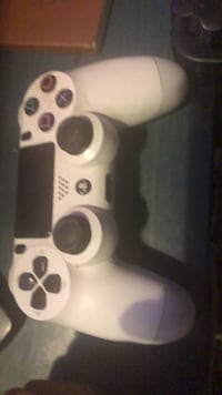 Game Console Controller West Hempstead, 11552