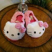 slippers   size 2 kids Laval, H7S 1L4