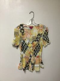 Women's SUNNY LEIGH ruffle front yellow print blouse…Petite medium Manasquan, 08736
