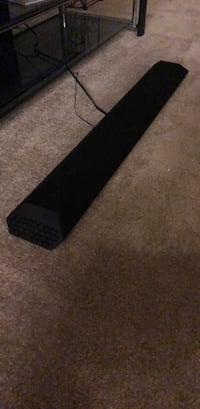 Vizio sound bar. Barely used. Two internal subwoofers Waldorf, 20601
