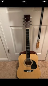 Glen Burton Acoustic Electric guitar with TKL Acoustic Guitar Bag Arlington, 22206