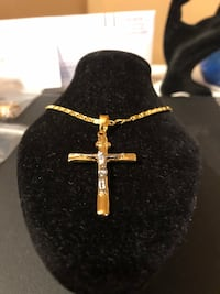 Men or women's 18 kt silver and gold crucifix cross chain 24