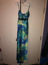 Formal dress worn once size 6-7