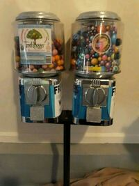Two heads gumball machine. 50 cent coin mechs.  Atlantic Highlands, 07716