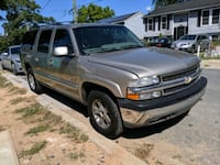 2004 Suburban 4WD seats 8  District Heights