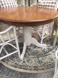 """42"""" Round Dining Room Table Richmond, 23226"""