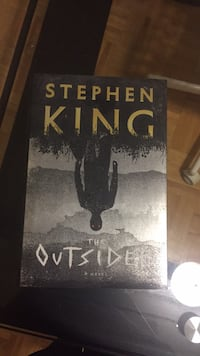 Stephan King the Outsider Book Almost New Toronto, M1M 1L8