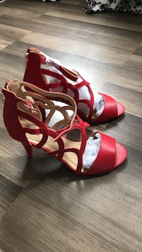 Pair of red leather open-toe heeled sandals Marksville, 71351