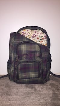 black and red plaid backpack Los Angeles, 90018