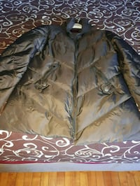 brown and black zip-up jacket Montréal, H4L 2X5
