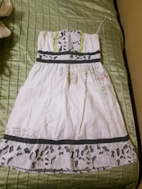 white and black floral skirt Metairie, 70006