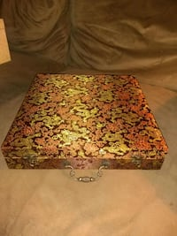 Gorgeous Chinese Gift box Morrisville, 19067