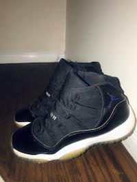 Air Jordan Space Jam 11 size 6
