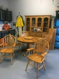 Immaculate blonde solid oak table and chairs/hutch Sherwood Park, T8H 1W2