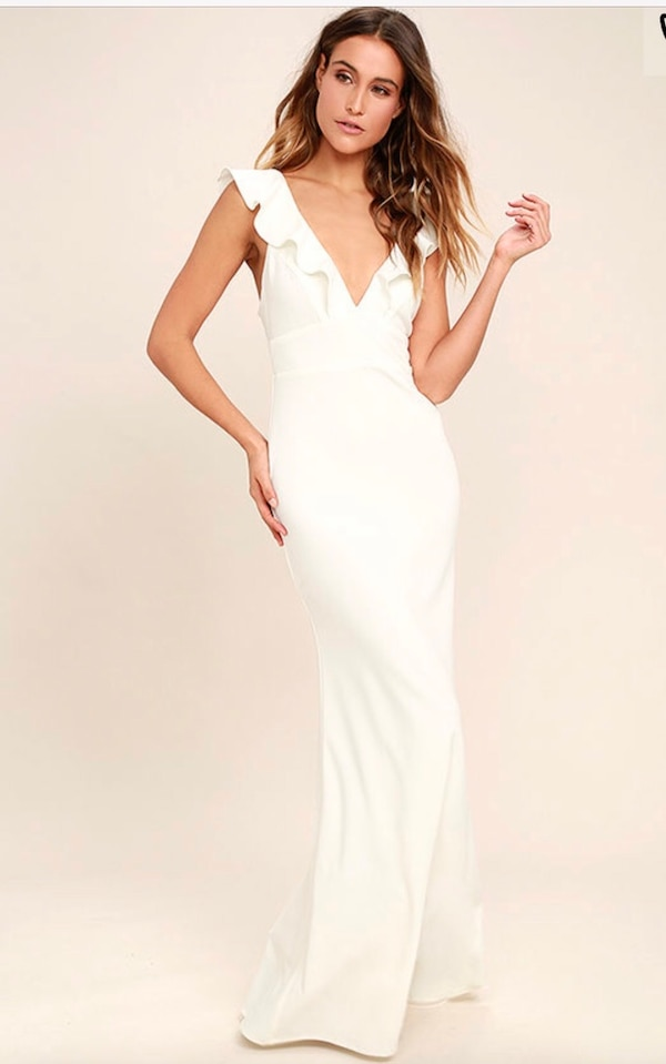 ab74d089edb Lulus perfect opportunity dress in white!! usado en venta en Toronto - letgo