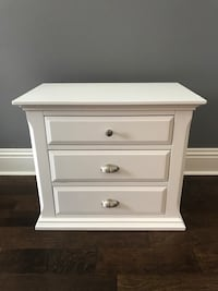Brand new nightstand/end table damage from delivery Safety Harbor, 34695