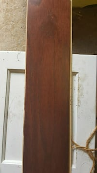 brown wooden 2-door cabinet Elizabethton, 37643
