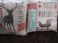 4 Brand New Holiday Pillows, standard couch pillow size Boise