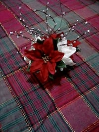 red and white poinsettia flower decor Wenatchee
