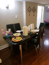 Dining table with 4 chairs  Markham, L3S 4H2