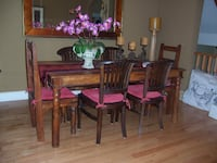 Great DINING SET for the Holidays Oakville