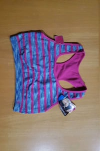 New with tag Reversible sports bra size extra large fits small
