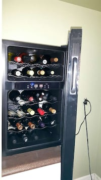 24 Bottle dual temperature wine  cooler  Woodstock, N4S 4B5