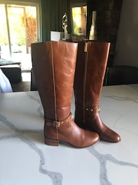 Brand new Michael Kors boots size 8 Vancouver, 98682