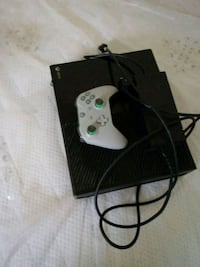 Xbox One system with a brand new controller Chicago, 60620
