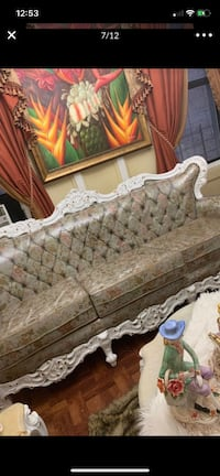 Antique living room and Dining room set good conditions  Nueva York, 10032