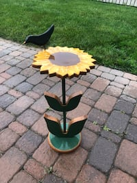 Small Sunflower table. Westtown, 10933