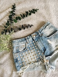 Distressed shorts med studs Oslo, 0157