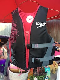 black and red Speedo life vest Brooklyn Center, 55430