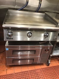 "Start 36"" gas Griddle plus Turbo Air 36"" chef base. Can be sold also separate. New York, 10033"