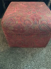red and white floral ottoman Clovis, 93612