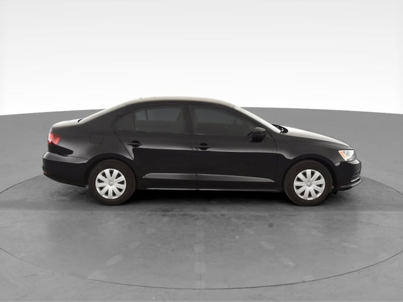 2016 VW Volkswagen Jetta sedan 1.4T S Sedan 4D Black  12